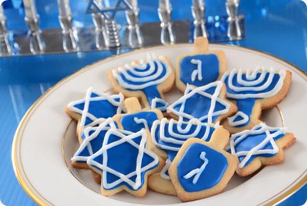 Hanukkah (1)